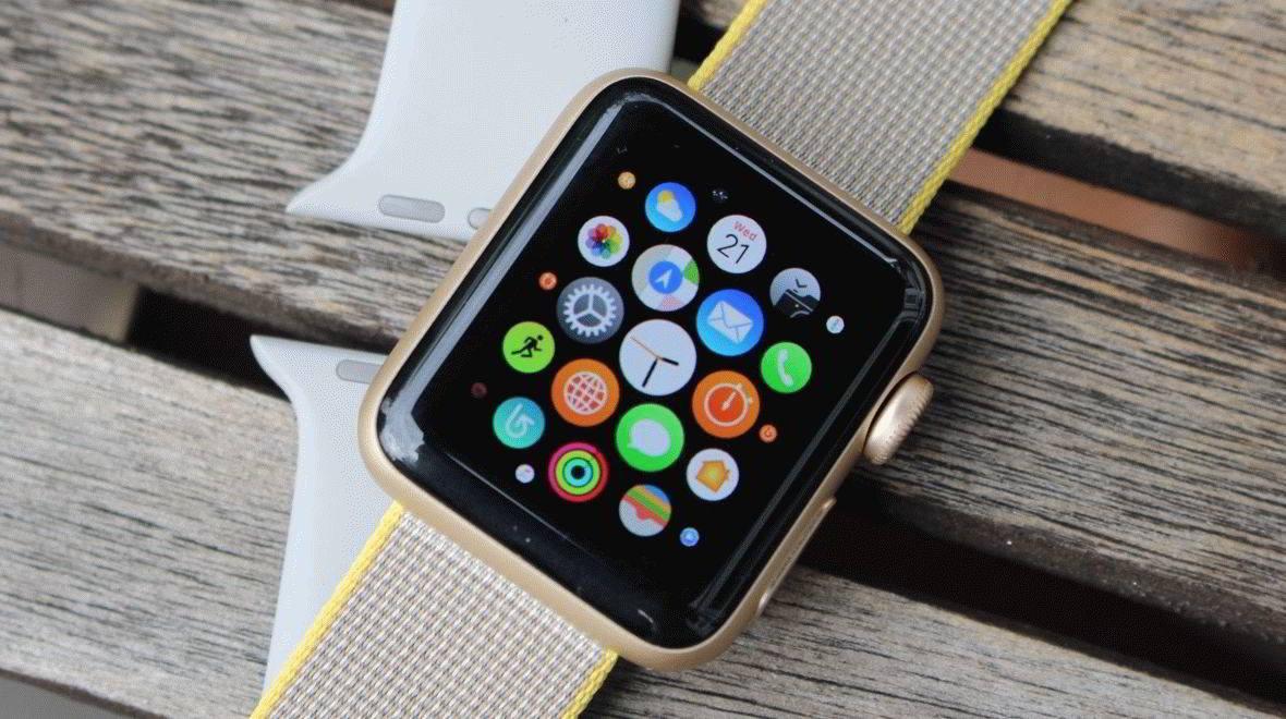 Топ класация на най-добрите интелигентни часовници 2020 - цена-качество