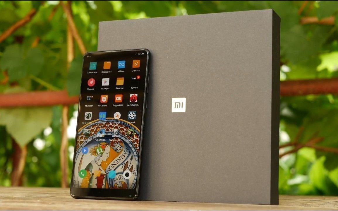 Pametni telefon Xiaomi Mi Mix 2S - prednosti i nedostaci