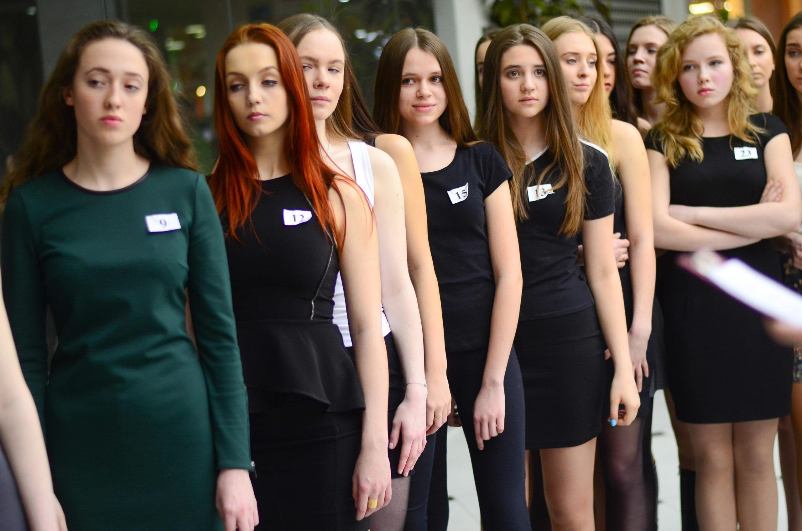 Ocjena najboljih manekenskih agencija u Jekaterinburgu u 2020