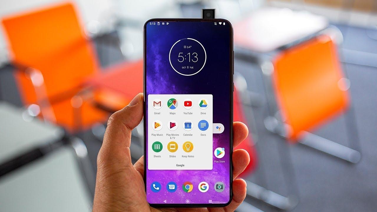 Преглед на смартфон Motorola One Hyper с ключови функции