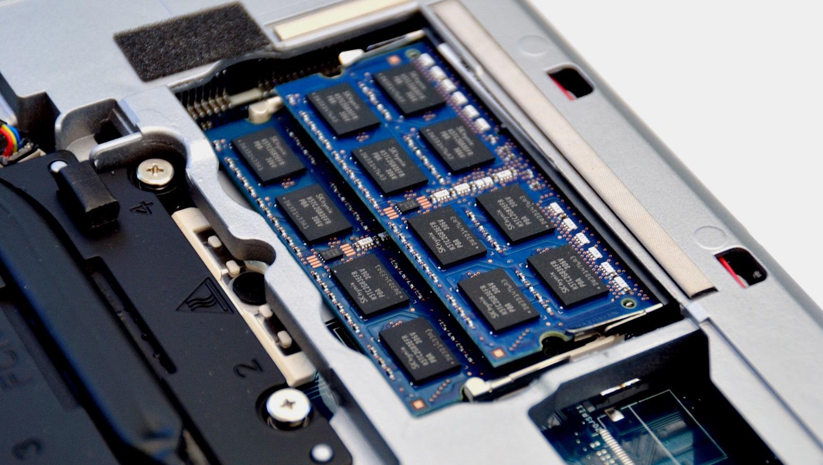 Рейтинг на най-добрите смартфони с голяма RAM за 2020 г.